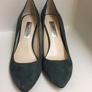 I.N.C for Macy's Zitah Gray Pointed Toe Shoe SZ. 6